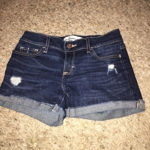 Abercrombie kids shorts size 11/12-can fit larger